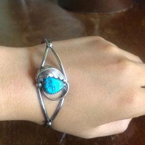 Vintage sterling silver turquoise bracelet cuff